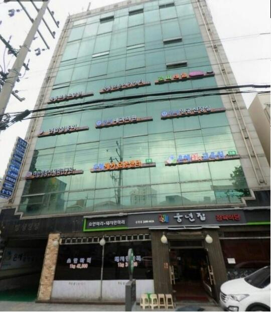 3. 건물외관